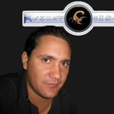 Profil Pengguna Lester Angel