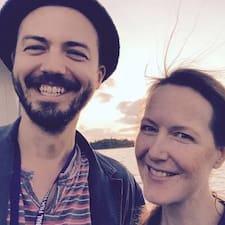 Zak & Iz Brukerprofil
