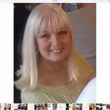 Lyndsey Davis User Profile