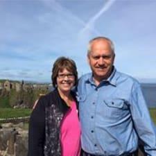 Julie And Robert - Uživatelský profil