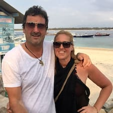 Cathie And Michael Brugerprofil