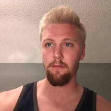 Profil korisnika Troy