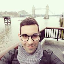 Profilo utente di Adrien
