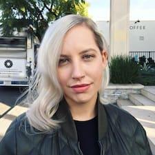 Profil korisnika Madalyn