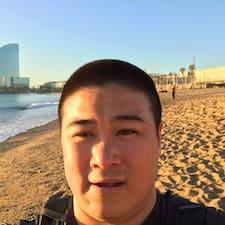 Kristopher felhasználói profilja