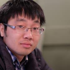 Henkilön Hoang käyttäjäprofiili