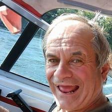 Norman felhasználói profilja