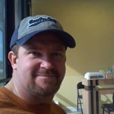 Curtis felhasználói profilja
