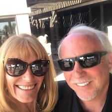 Michael And Deborah Brugerprofil