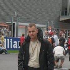 Денис felhasználói profilja