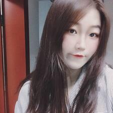 雯翡 User Profile