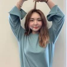 โพรไฟล์ผู้ใช้ Jiyeong