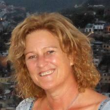 Profil Pengguna Carol