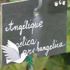 Angélique的用戶個人資料
