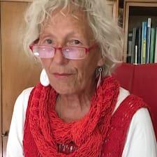 Barbara es Superhost.