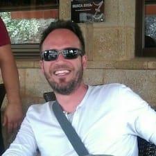 Luis Javier felhasználói profilja