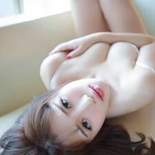 怡佳 User Profile