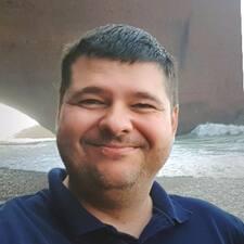 Mihály felhasználói profilja