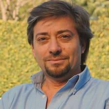 Saiba mais sobre Guillermo Carlos