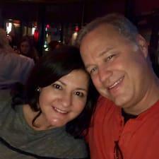 Victoria & Todd Brugerprofil