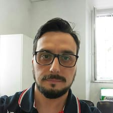 Elvis Daniel User Profile