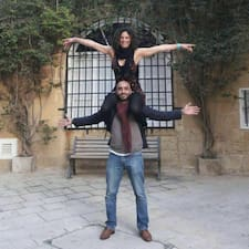Belen Y Yasim es SuperAnfitrión.