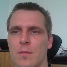 Denes felhasználói profilja