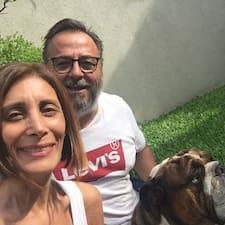 Hugo Y Mariana est un Superhost.