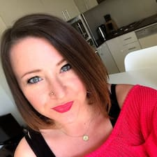 Profil Pengguna Hazel