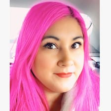 Потребителски профил на Olivia