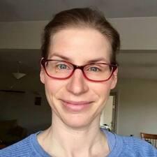 Profil korisnika Esther