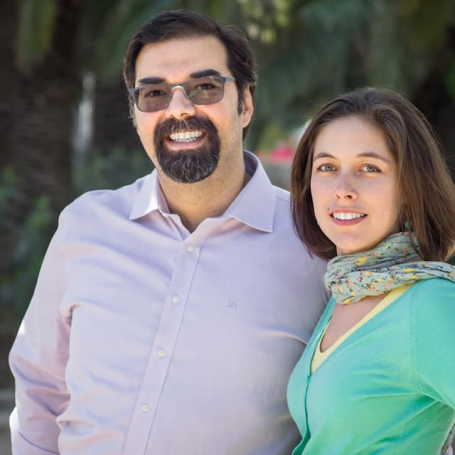 Profil Pengguna Ricardo & Vivianne