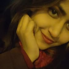 Profilo utente di Sharfa Nur