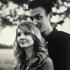 Jake & Sarah - Uživatelský profil