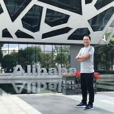 Quang Huy felhasználói profilja