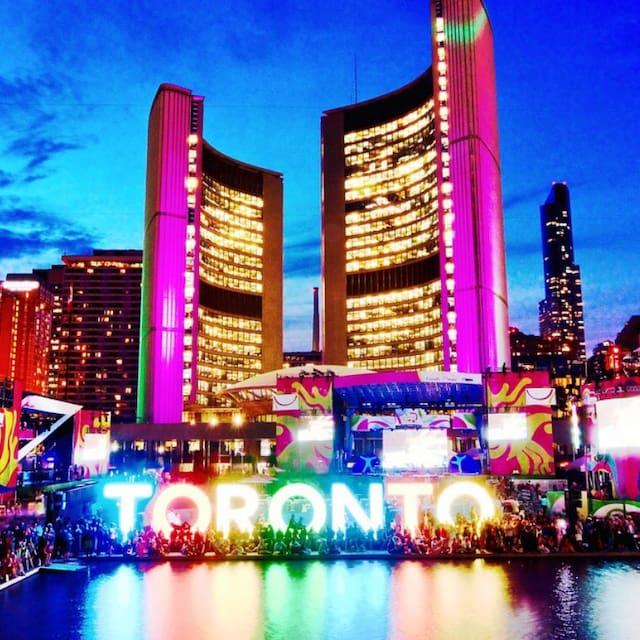 Perfil de usuario de TorontoLuxe