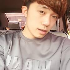 楷博 User Profile