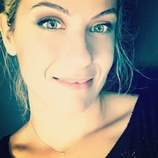 Laelia User Profile
