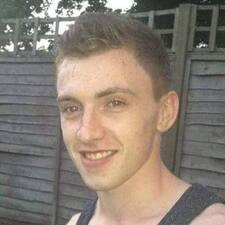 Profil Pengguna Dominic
