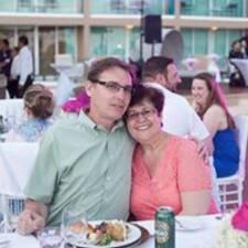 Doug & Glenda的用戶個人資料