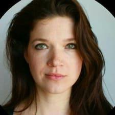 Anne-Berit的用户个人资料