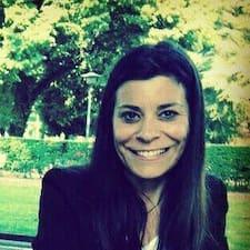 Dowiedz się więcej o gospodarzu Francesca