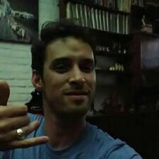 โพรไฟล์ผู้ใช้ Gustavo Daniel