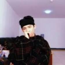 琨 felhasználói profilja