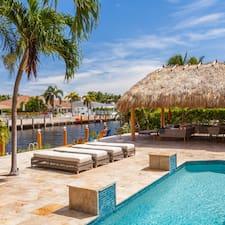 Sunshine Vacation Rentals User Profile