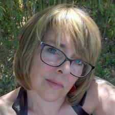 Profil Pengguna Evelyne