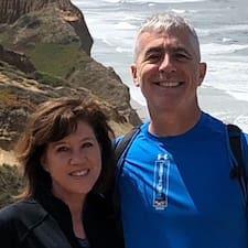 Profil korisnika Caroline & John