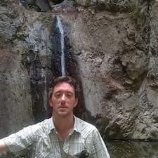 David Y Marjut felhasználói profilja