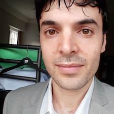 Profil Pengguna Zachary