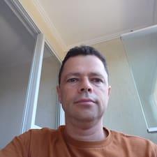 โพรไฟล์ผู้ใช้ Carlos Eduardo De Souza